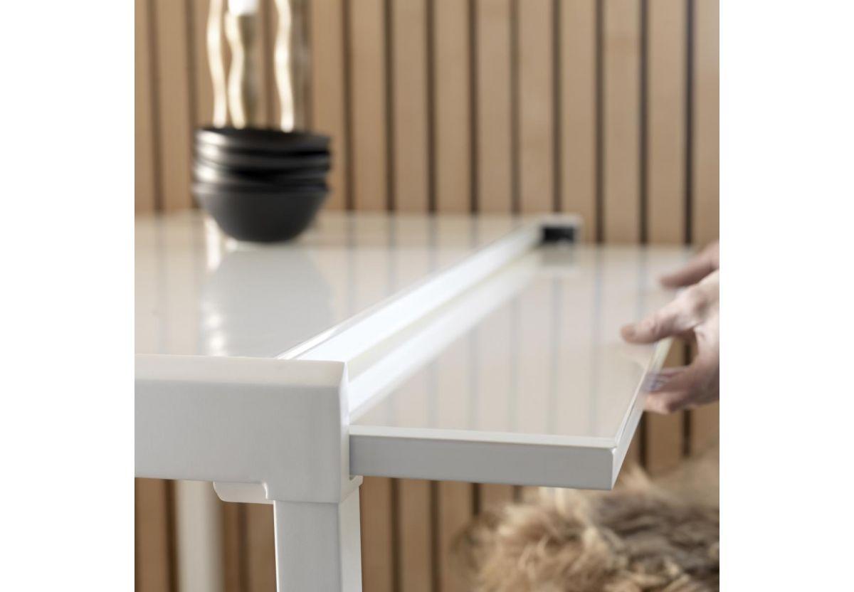 TABLE LISSABON