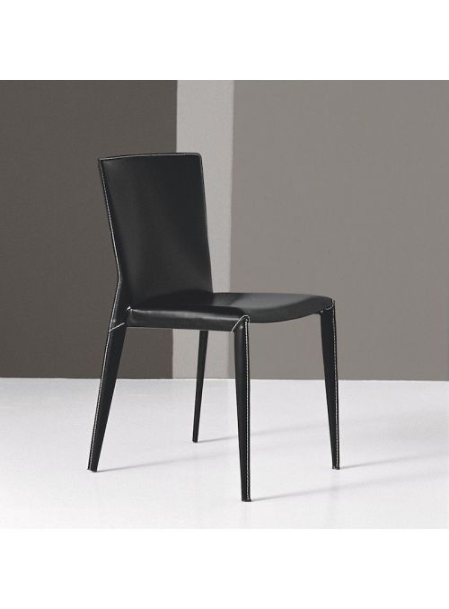 CHAISE BEVERLY