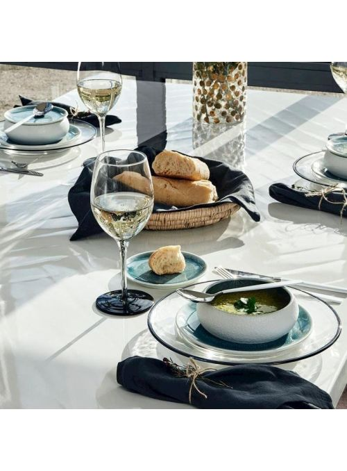 TABLE BLANCA
