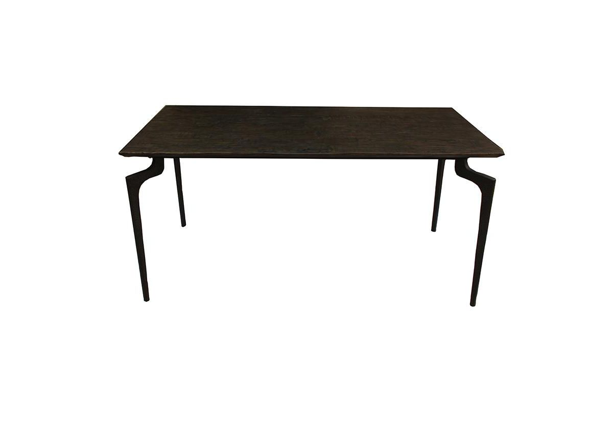 TABLE A MANGER MAMMOTH