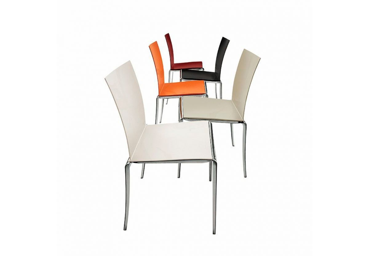 CHAISE EMPILABLE JAZZ